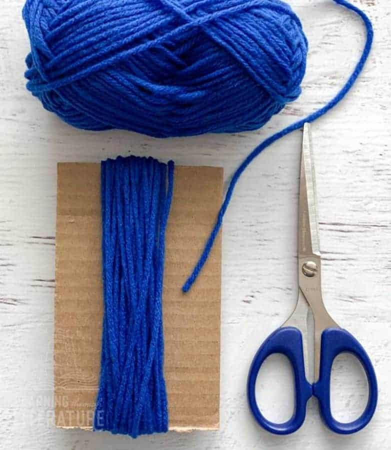 yarn wrapped around cardboard